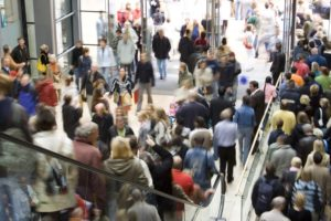 crowd of shoppers who want to visit websites